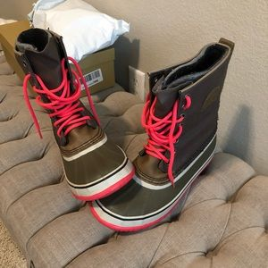 Sorel all weather snow/rain boots